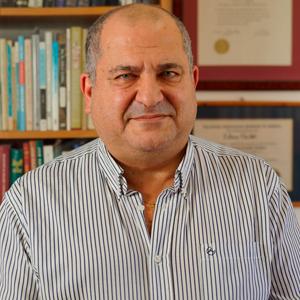 Dr. Eitan Chikli