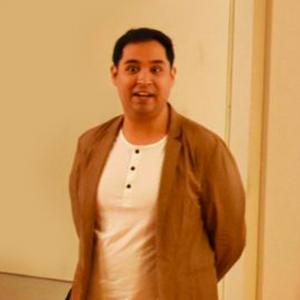 Dr. Luis G. Huitron