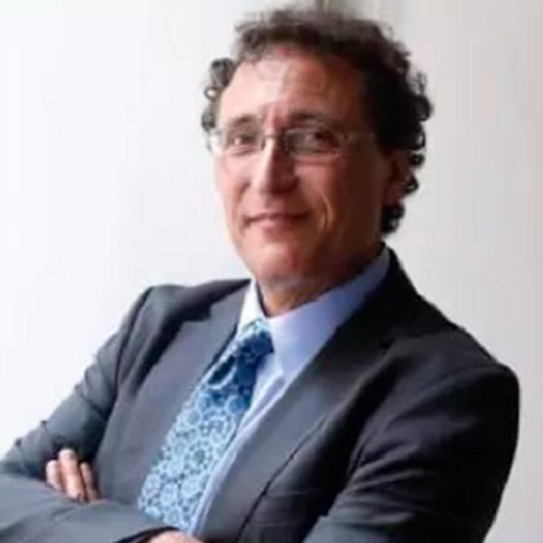 Dr. Adolfo Roitman